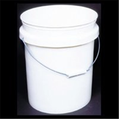 how to cut a 5 gallon plastic bucket