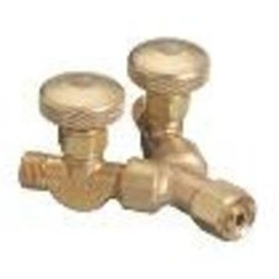 "Western 112 Brass Acetylene/Fuel Valved ""Y"" Connection, 2-Outlet, 9/16-18 Lh Female X 9/16-18 Lh Male 112 WES112"
